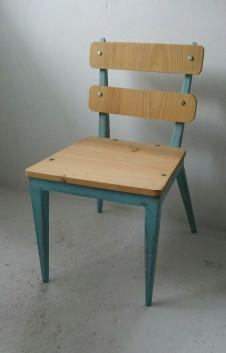 silla madera reutilizada