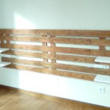 cabecero con madera reciclada