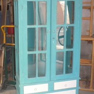 vitrina azul desgastado