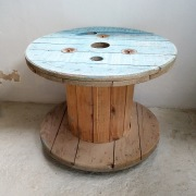 mesa bobina de cable reutilizada